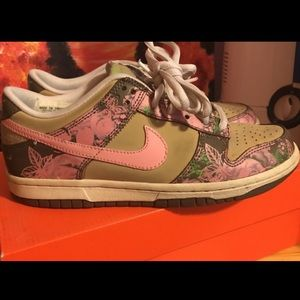 Nike Dunk Lowtops Floral
